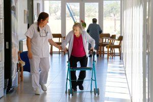 Empresa gestió de residències per a gent gran enEquip